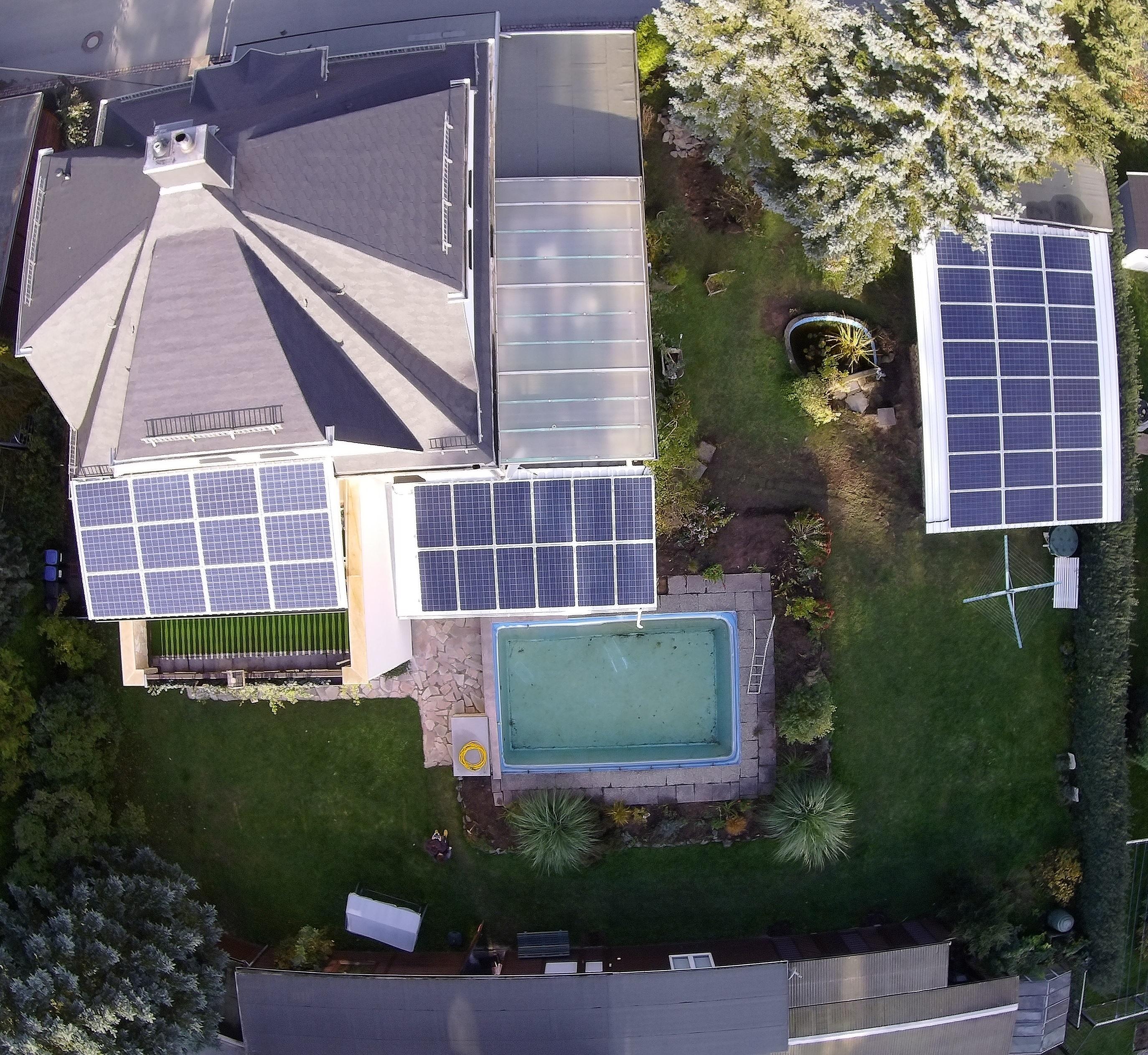 tisiba green energy photovoltaikanlage mit tesla speicher 9 54 kwp. Black Bedroom Furniture Sets. Home Design Ideas